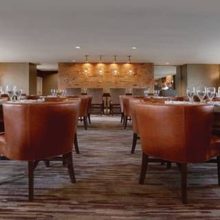 Granada Bar and Grill-Embassy Suites by Hilton