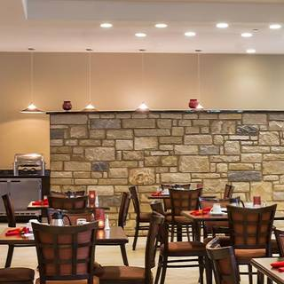 Midway Bar & Grill - Holiday Inn Temple-Belton