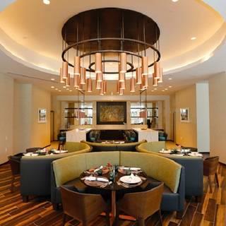 Overture Restaurant-Art Ovation Hotel