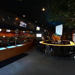 Yummy Crab Seafood Restaurant And Sports Bar