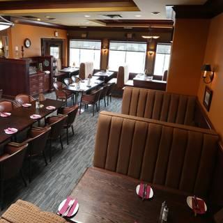 Patrinos Steak House & Lounge