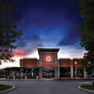 Boston Pizza - Front & John