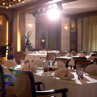 Min Zaman Lebanese Restaurant - Al Ain Rotana