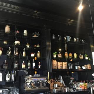 Dogwood Cafe & Lounge