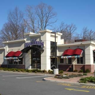60 restaurants near westfield garden state plaza opentable for Restaurants near garden state plaza