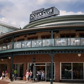 Mitchell's Ocean Club - Easton Town Center