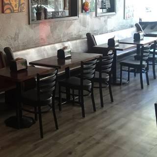 Clark's Bistro & Pub