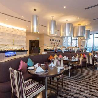 Silk Route Cafe - Holiday Inn Abu Dhabi