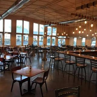 Heritage Hill Brewhouse & Kitchen