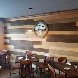Crooked Oak Tavern