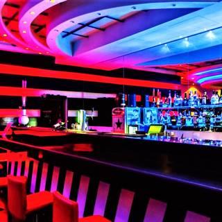 Flamingo Bar & Restaurant
