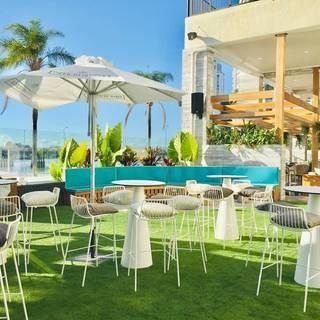 Driftwood Social - Vibe Hotel Gold Coast