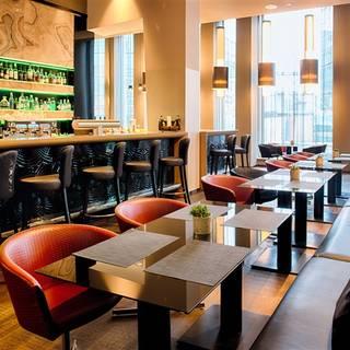 N° 5 Restaurant Bar