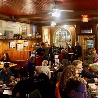11 Best Wine Bar Restaurants In Poughkeepsie Opentable