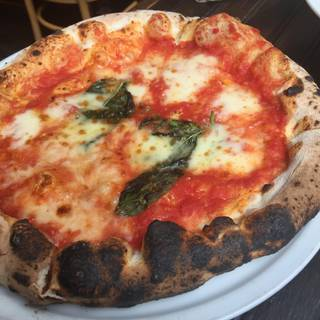 Pizzeria Via Mercanti - Elm