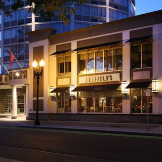 Redfield's Restaurant - Crowne Plaza Syracuse