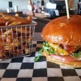 Juicy Burger Bar