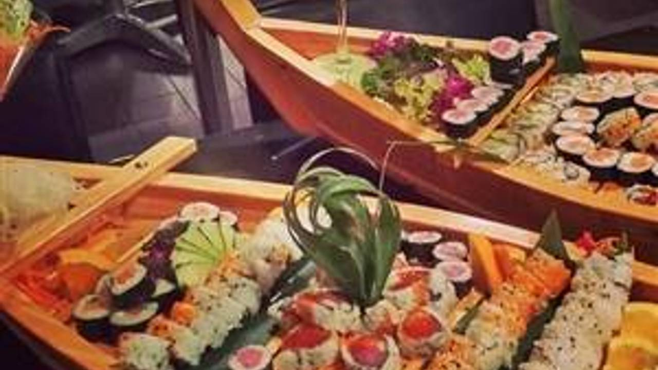 Red Koi Lounge Restaurant Coral Gables Fl Opentable Use your uber account to order delivery from kelp sushi joint (south tampa) in tampa bay. red koi lounge restaurant coral