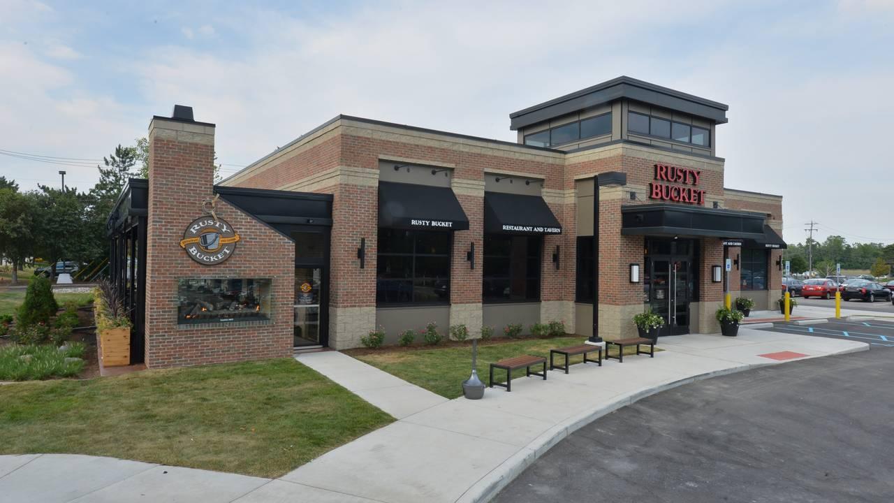 Rusty Bucket Bingham Farms Restaurant Bingham Farms Mi Opentable