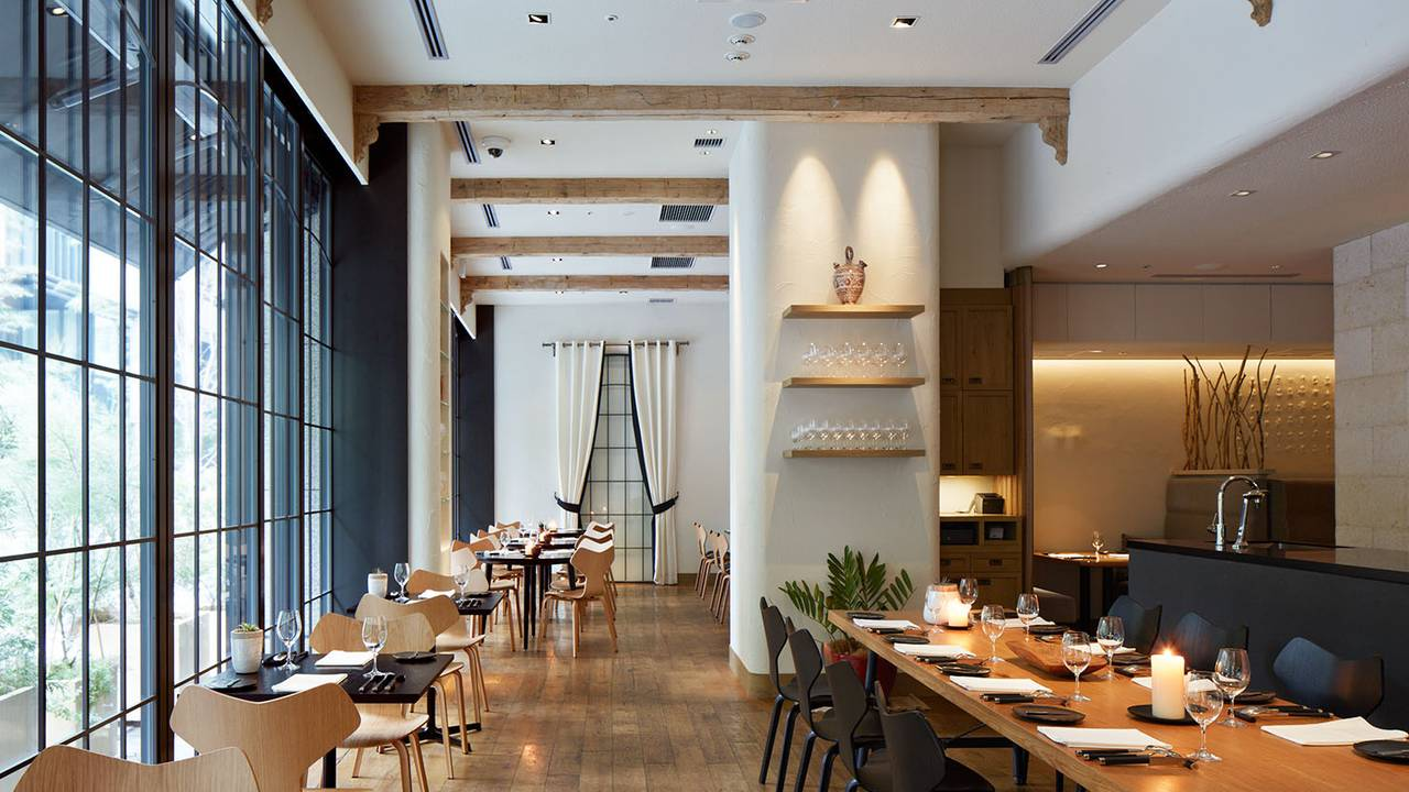 La Bonne Table Restaurant Chuo Ku Tokyo Opentable