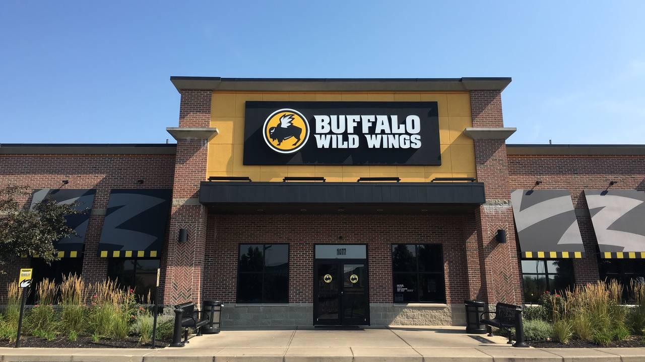 Buffalo Wild Wings Greenwood North Emerson Avenue Greenwood In Opentable