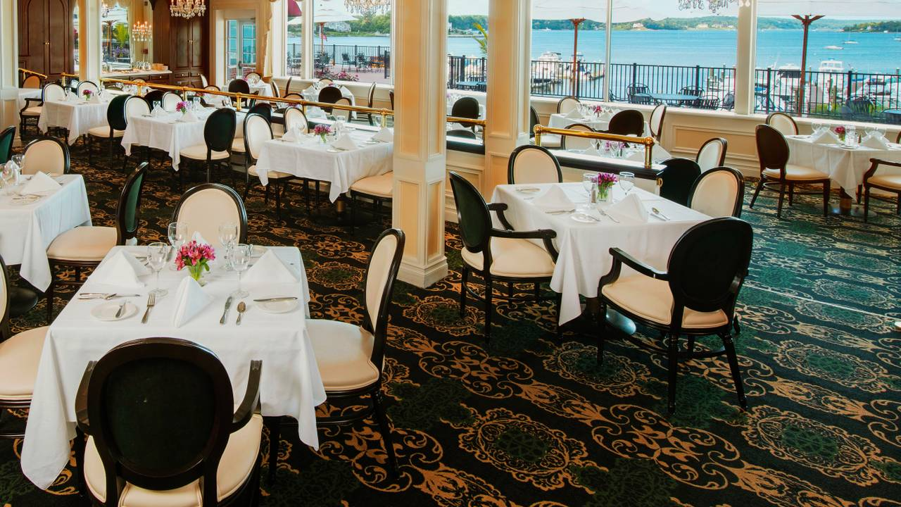 The Dining Room - Molly Pitcher Inn Restaurant - Red Bank, NJ ...