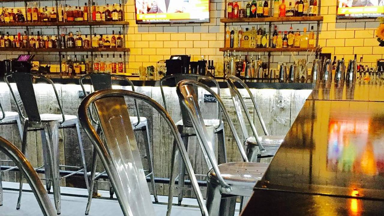Best American Restaurants In Frankfort Ave Crescent Hill