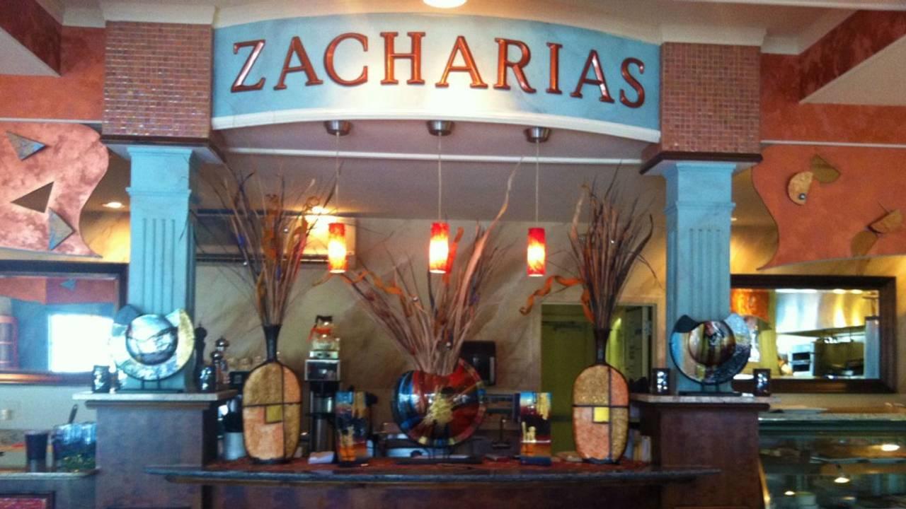 Zacharias Creek Side Cafe
