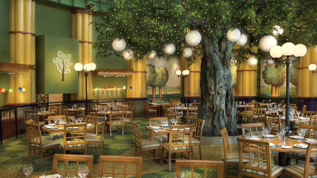 Garden Grove at Walt Disney World Swan and Dolphin Restaurant ...