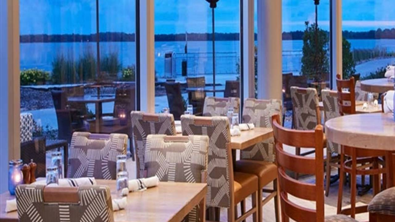 Shoreline Bar & Grille Restaurant - Erie, PA | OpenTable