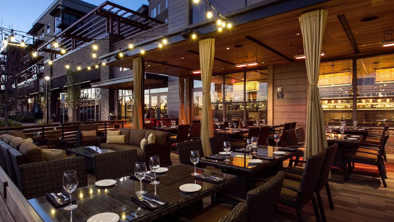 Paul Martin\'s American Grill - Mountain View Restaurant - Mountain ...