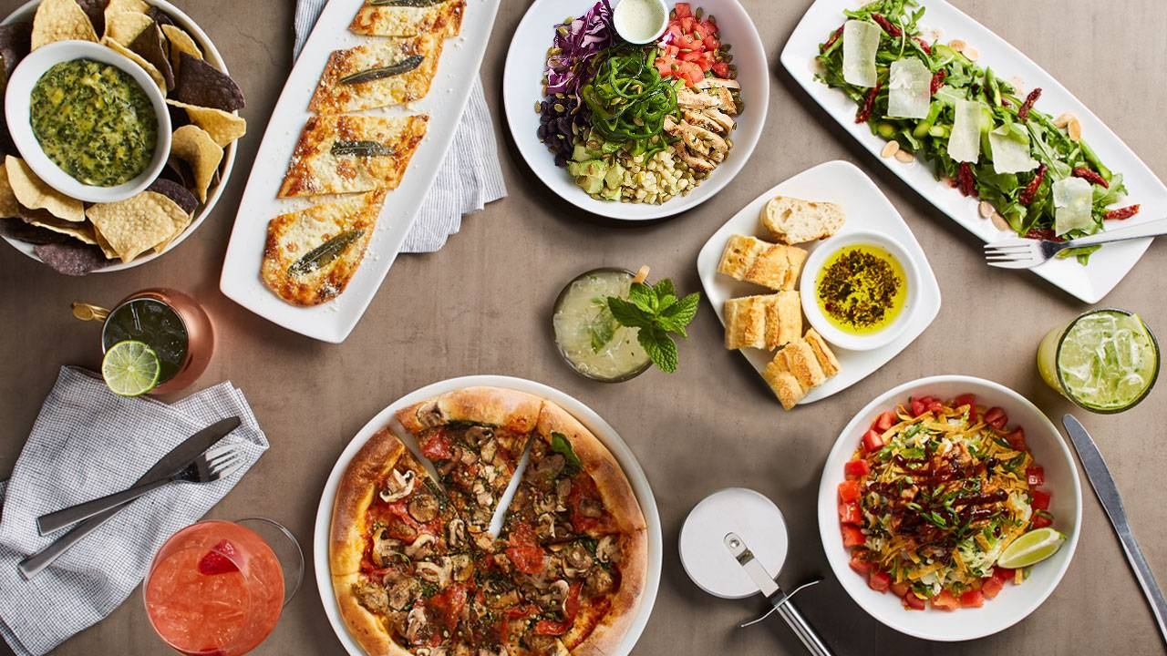 California Pizza Kitchen - Lakewood - PRIORITY SEATING Restaurant ...