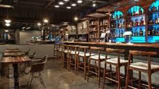 Bourbon House Cocktail Emporium & Craft Kitchen