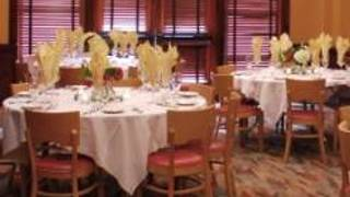 Matts' Rotisserie & Oyster Lounge