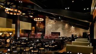 Cooper's Hawk Winery & Restaurant - Arlington Heights