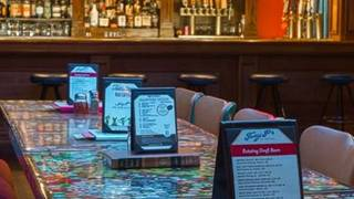 Tony P's Bar & Pizzeria - Uptown