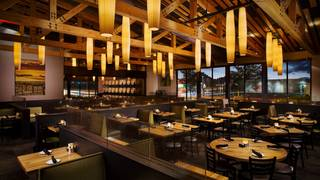 Cooper's Hawk Winery & Restaurant - Oak Lawn