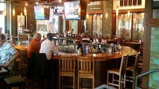 Rock Bottom Brewery Restaurant - Yorktown