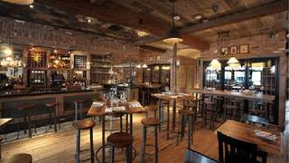 Winston's Whiskey & Wine Bar