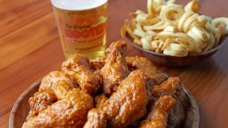 Hooters Downers Grove