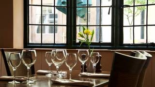 Court Yard Brasserie at The George Hotel