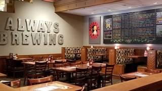 Rock Bottom Brewery Restaurant - Denver