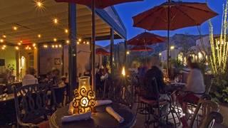Terraza Garden Patio & Lounge at the Hacienda Del Sol