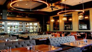 Earls Kitchen + Bar - Bridge Park - Burnaby