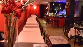 Akai Lounge - Englewood