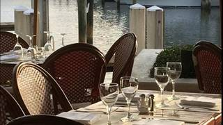 Cafe des Artistes-on the Water