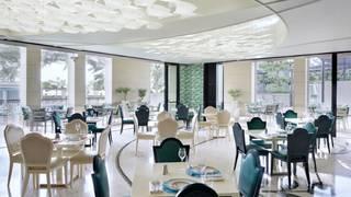 Giardino / Palazzo Versace Hotel / Dubai