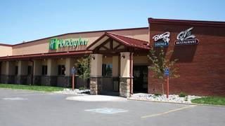 QT's Restaurant - Holiday Inn