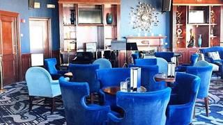 Blu - Pfister Hotel