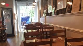 Hank's Oyster Bar - Alexandria